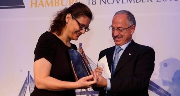 Το Institute of Chartered Shipbrokers βραβεύτηκε από την BIMCO