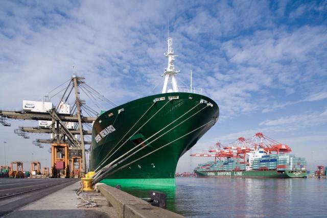 Οι λόγοι που οδηγούν τις μικρότερες ναυτιλιακές εταιρείες να γίνουν «βορά» των μεγαλύτερων εταιρειών