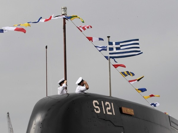 Eπίσκεψη σε πολεμικά πλοία για τον εορτασμό του Αγίου Νικολάου