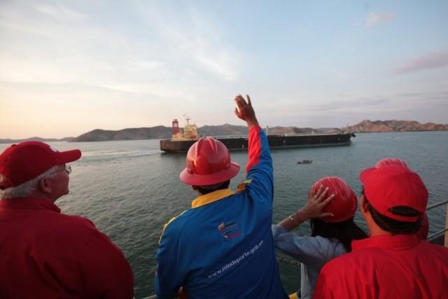 Η Βενεζουέλα ζητά τη μείωση των τιμών του πετρελαίου κατά 5%