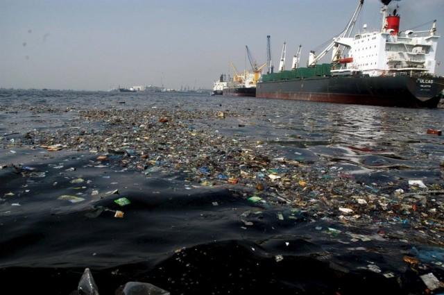 Η Αυστραλία αυξάνει τα πρόστιμα για θαλάσσια ρύπανση