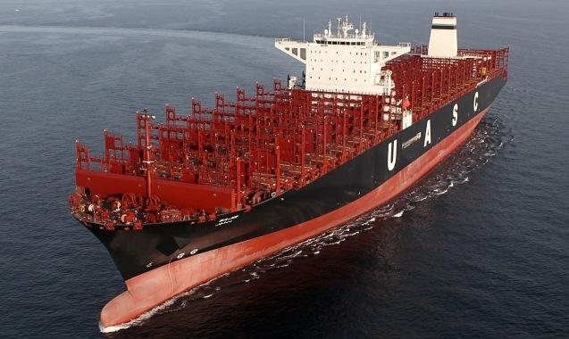 """Το """"Al Muraykh"""" σπάει το παγκόσμιο ρεκόρ μεταφοράς εμπορευματοκιβωτίων"""