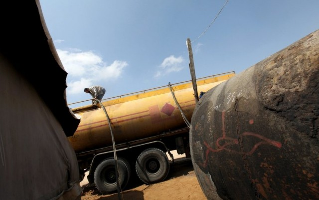 Νέες πληροφορίες για παράνομες πωλήσεις πετρελαίου από τους Τζιχαντιστές προς την Τουρκία