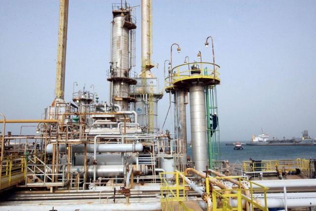 ΗΑΕ: Στόχος να μην αλλάξουν οι ισορροπίες και οι δομές της υπάρχουσας αγοράς πετρελαίου