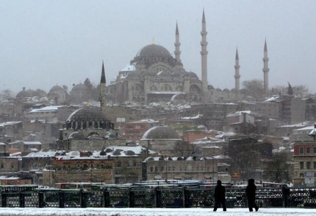 Xάος από την κακοκαιρία στην Κωνσταντινούπολη