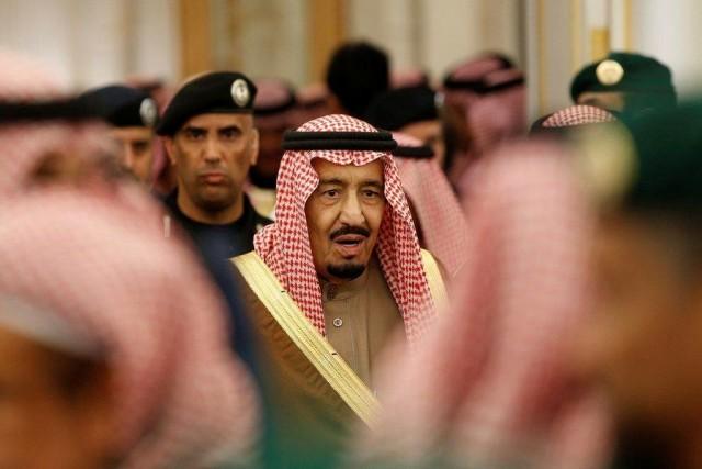 Ο Βασιλιάς της Σαουδικής Αραβίας καθησυχάζει τους υπηκόους του