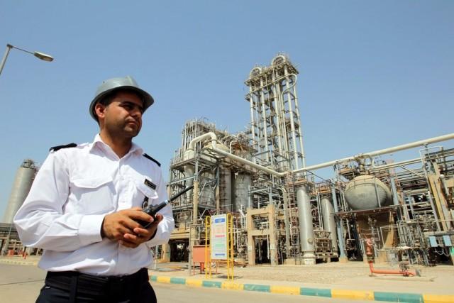Η Τεχεράνη σκοπεύει να δώσει ώθηση στα δεξαμενόπλοια προς Άπω Ανατολή (και όχι μόνο)