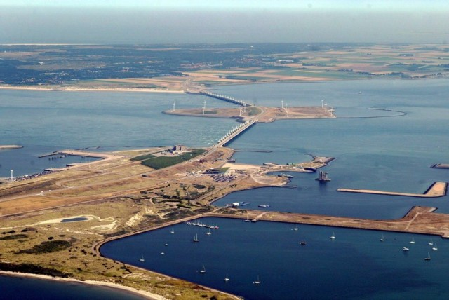 H Ολλανδία προχωρά σε εφαρμογή ενός νέου σχεδίου προστασίας των υδάτων της χώρας