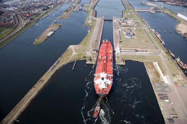 Η Zenith Energy αγοράζει αποθηκευτικούς χώρους στο λιμάνι του Άμστερνταμ