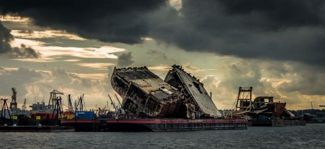 Δείτε σε ένα εντυπωσιακό βίντεο τις εργασίες ανέλκυσης του φορτηγού πλοίου Baltic Ace