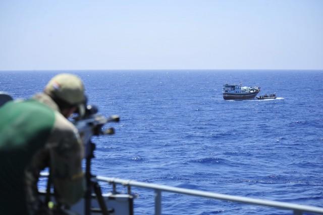 Η Ένωση Γερμανών Εφοπλιστών ζητά πιο ενεργή συμμετοχή της Γερμανίας στην καταπολέμηση της πειρατείας
