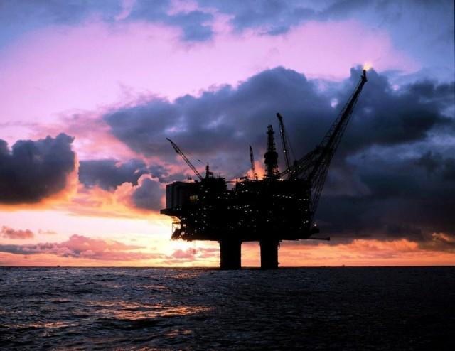 Η μείωση των τιμών πετρελαίου κάνει φτωχότερους τους Νορβηγούς!
