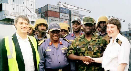 Μία γενναία πλοίαρχος πετυχαίνει να σώσει το πλοίο της από πειρατική επίθεση στα ανοικτά της Νιγηρίας