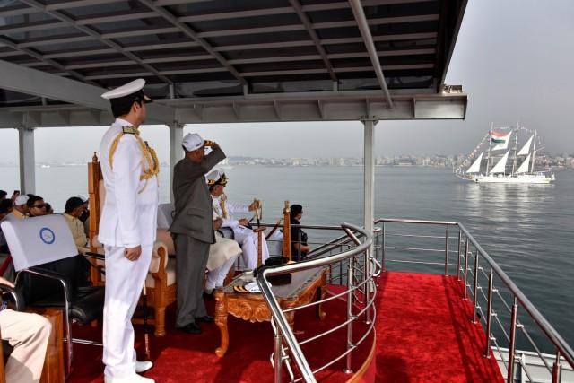 """O αρχηγός ΓΕΝ επισκέφτηκε την Ινδία στο πλαίσιο της συνόδου """"International Fleet Review 2016"""""""