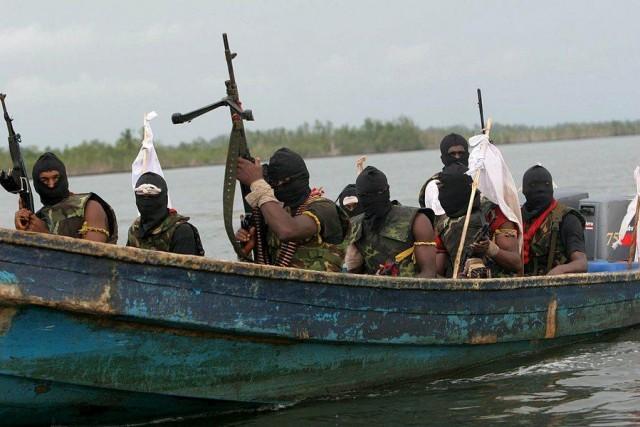 Πειρατικές επιθέσεις δέχονται τα πλοία που αποστέλλουν αναφορές
