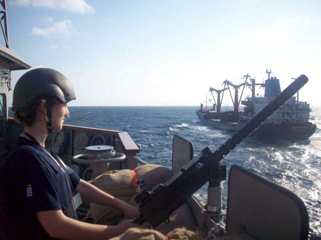 Βαρύ οπλισμό κατάσχεσε πολεμικό πλοίο της Αυστραλίας από αλιευτικό σκάφος στα ανοικτά του Ομάν