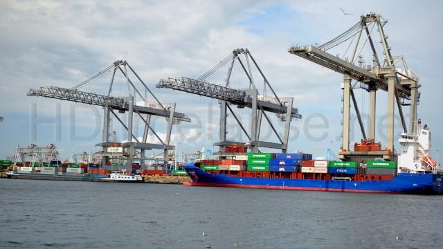 Βελτίωση των λιμενικών υπηρεσιών για την ενίσχυση του εμπορίου