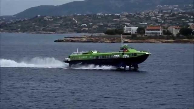 Βλάβη σε Flying Dolphin με 77 επιβάτες