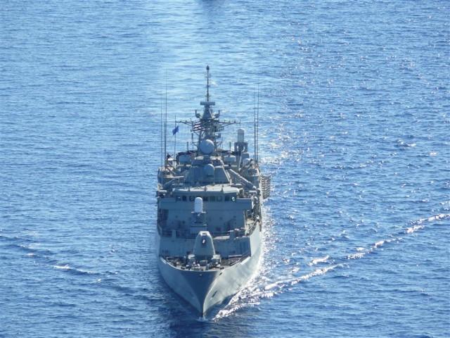 Με αφορμή τον εορτασμό της 25ης Μαρτίου πλοία του ΠΝ καταπλέουν στον Πειραιά