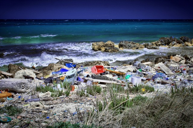 Ένωση Γερμανών Εφοπλιστών: η θάλασσα δε μπορεί να είναι μια χωματερή για πλαστικά