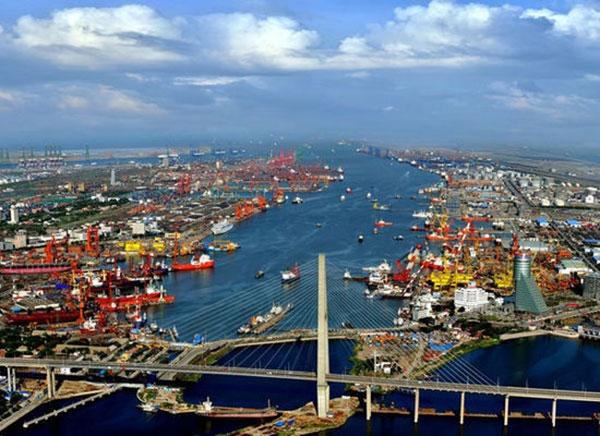 Σε διεθνές ναυτιλιακό κέντρο θέλουν να αναδείξουν το λιμάνι Tianjin