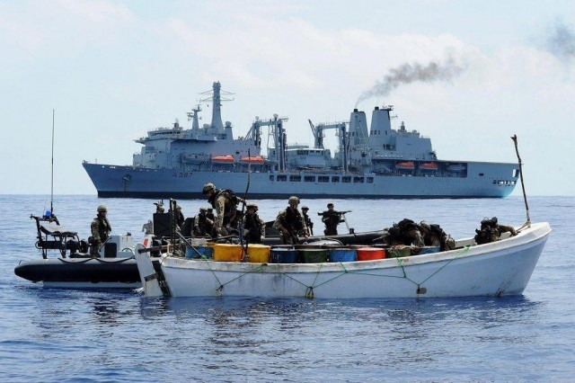 Πτώση άνω του 50% στις πειρατικές επιθέσεις στην ΝΑ Ασία, έκρυθμη στον Κόλπο της Γουινέας
