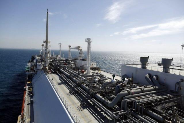 Νέο εκρηκτικό πεδίο ανταγωνισμού στην αγορά φυσικού αερίου