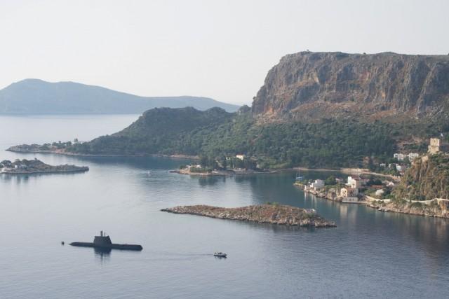 """Φωτογραφίες του υποβρυχίου """"ΜΑΤΡΩΖΟΣ"""" στη Ν. Μεγίστη"""