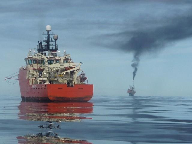 Χιλιάδες απολύσεις εντός του 2016 από βρετανικές πετρελαϊκές εταιρείες