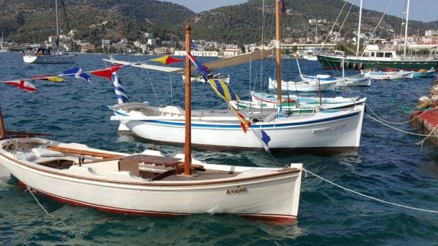 Oλοκληρώθηκαν στο λιμάνι του Πόρου οι εκδηλώσεις του «4ου Ναυτικού Σαλονιού Παραδοσιακών Σκαφών»