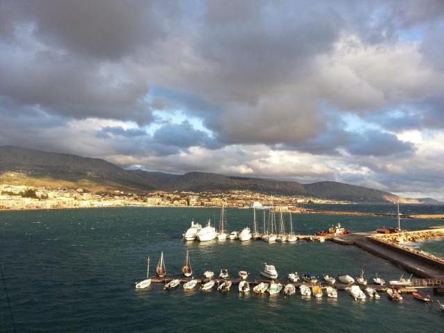Η AEGEAN και η Olympic Air προβάλλουν και αναδεικνύουν τη «μυροβόλο» Χίο