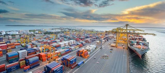 Το Ντουμπάι στο δρόμο για να ονομαστεί ένα από τα μεγαλύτερα ναυτιλιακά κέντρα του κόσμου