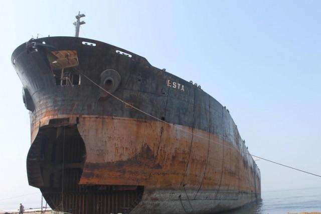 Διαλύσεις πλοίων: Μείωση εμφανίζει η προσφορά των πλοίων
