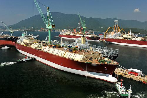 Η Qatargas υπογράφει πολυετείς συμφωνίες παροχής LNG σε Ευρώπη και Πακιστάν