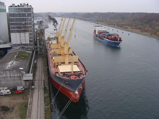 Γερμανική ναυτιλιακή πλήρωσε $1.000.000 για ρύπανση