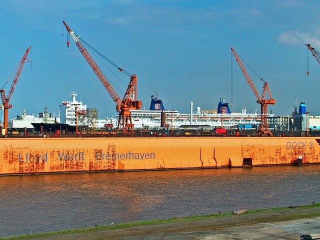 O ναυπηγικός όμιλος Lloyd Werft μετονομάζεται σε MV Werften και μία νέα εποχή αρχίζει