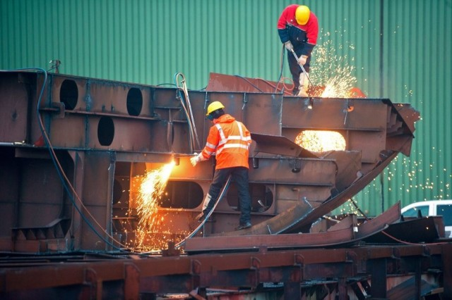 Το αρνητικό κλίμα και η οικονομική αβεβαιότητα που επικρατεί στην Ευρώπη «χτυπούν» την αγορά των διαλύσεων πλοίων