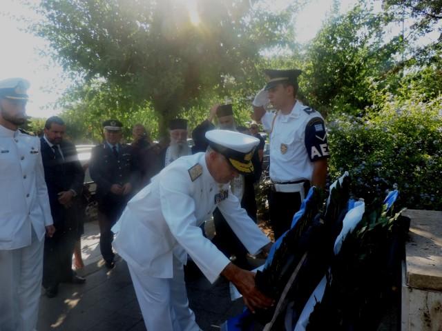 Το Πολεμικό Ναυτικό τιμά τη μνήμη των πεσόντων της Κύπρου
