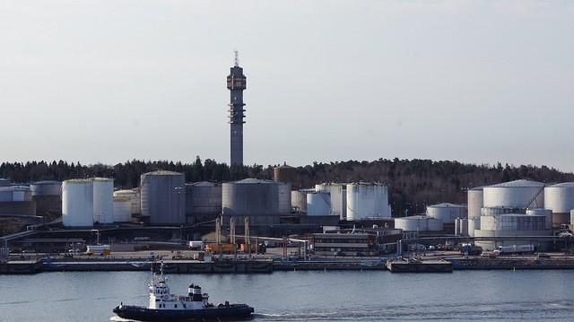Συνεχίζεται η μείωση της παραγωγής πετρελαίου στη Νορβηγία και το 2016