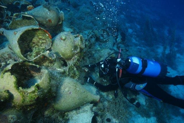 Το αρχιπέλαγος των Φούρνων από τις πλουσιότερες σε αρχαία ναυάγια θάλασσες της Μεσογείου