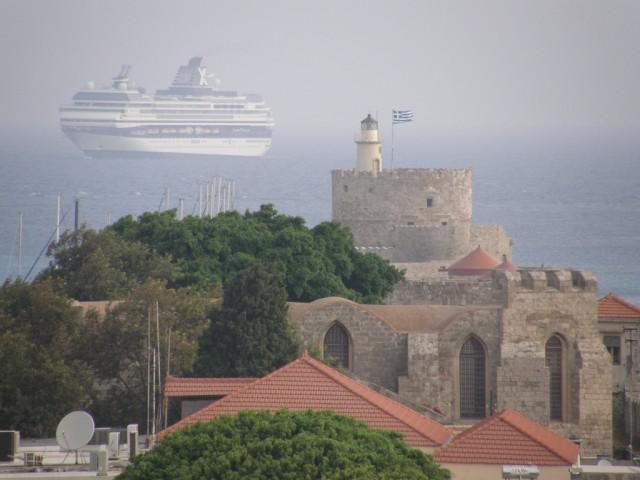 Η ανασφάλεια στην Τουρκία ενισχύει τους ελληνικούς προορισμούς κρουαζιέρας