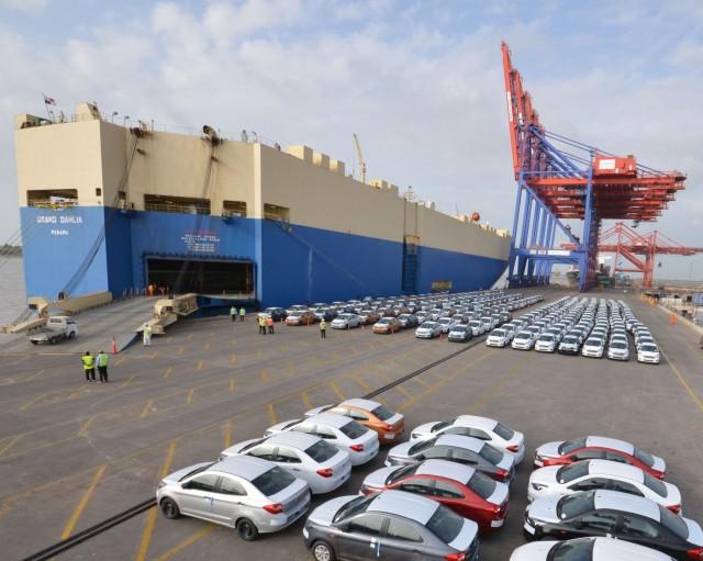 Σε πορεία αύξησης η κινεζική αγορά αυτοκινήτων