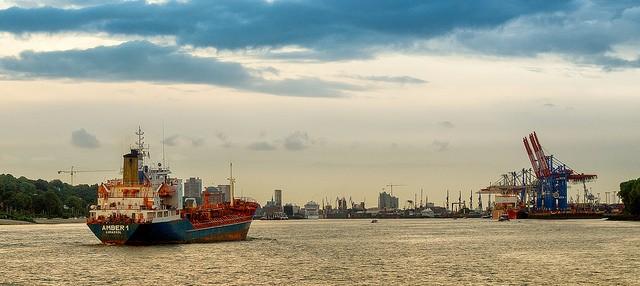 Απρόθυμες οι γερμανικές τράπεζες να χρηματοδοτήσουν την γερμανική εμπορική ναυτιλία