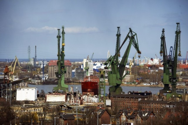 Συνεργασία Πολωνίας και Ιράν στους τομείς ναυπήγησης πλοίων και διύλισης πετρελαίου