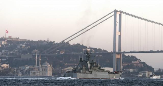 Σύγκρουση πλοίων οδηγεί σε κλείσιμο τα Στενά του Βοσπόρου – 3 οι νεκροί (updated)