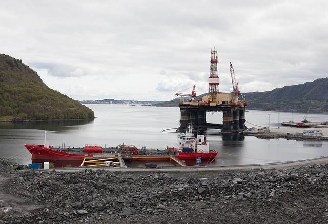 Δεκάδες χιλιάδες οι απολύσεις στη βιομηχανία πετρελαίου της Νορβηγίας