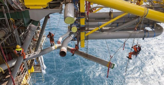 Πώληση μεριδίων σε κοιτάσματα από την Maersk Oil