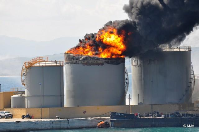 Εμμανουήλ Παπαλέξης: Η τρικυμιώδης πολιτική κατάσταση της Λιβύης και η παγκόσμια βιομηχανία πετρελαίου