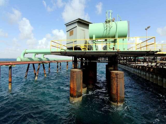 Η Λιβύη αναζητά τρόπους για να αναζωπυρώσει τις εξαγωγές του αργού πετρελαίου