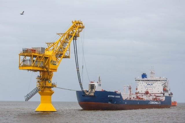 Το δεξαμενόπλοιο της Sovcomflot παρέδωσε το πρώτο του φορτίο αργού πετρελαίου